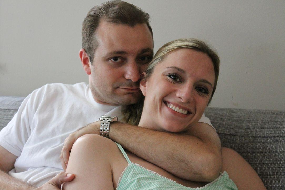 Ein Bild aus glücklichen Tage: Dawn (r.) und Mike (l.) ... - Bildquelle: Atlas Media Corp.