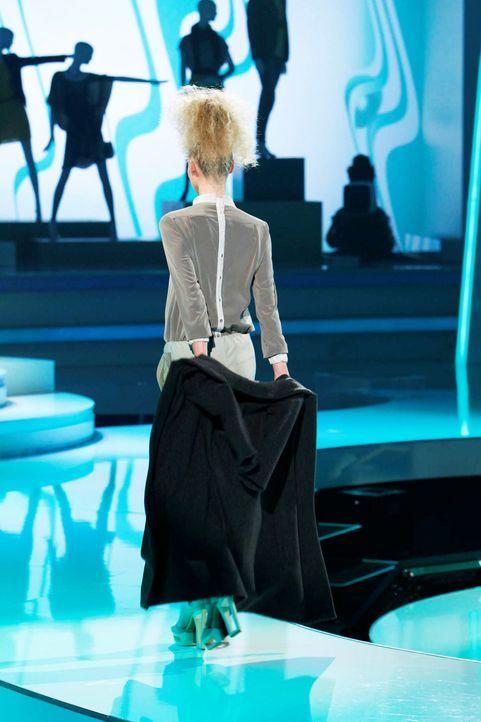 Fashion-Hero-Epi05-Gewinneroutfits-Timm-Suessbrich-Karstadt-03-Richard-Huebner - Bildquelle: Richard Huebner