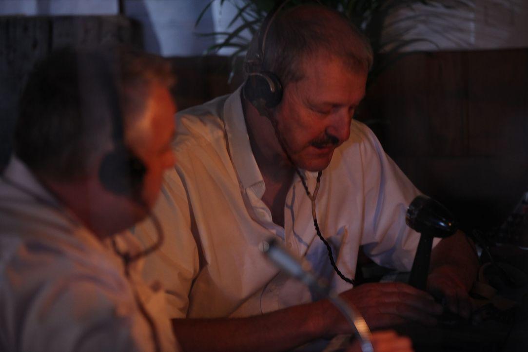 Im Juni 1954 will die CIA den Präsidenten Guatemalas, Jacobo Arbenz, stürzen und lässt, dank eines aus den USA gelieferten Propagandasenders, die Gu... - Bildquelle: WMR