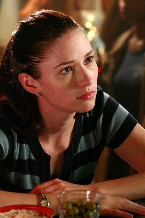 Meredith spürt, wie sehr Lexie (Chyler Leigh) leidet, und obwohl sie es eigentlich gar nicht will, kommt sie Lexie nach einer Operation doch sehr v... - Bildquelle: Touchstone Television