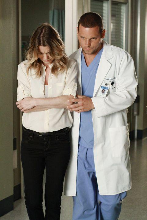Alex (Justin Chambers, r.), der mittlerweile gemerkt hat, dass seine Freunde alles sind, was er hat, hofft, dass Cristina und ganz besonders Meredit... - Bildquelle: ABC Studios