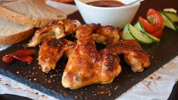 chicken-1559548_1920