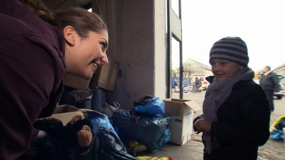 Yasmin sammelt in Deutschland Spenden f++r syrische Fl++chtlinge