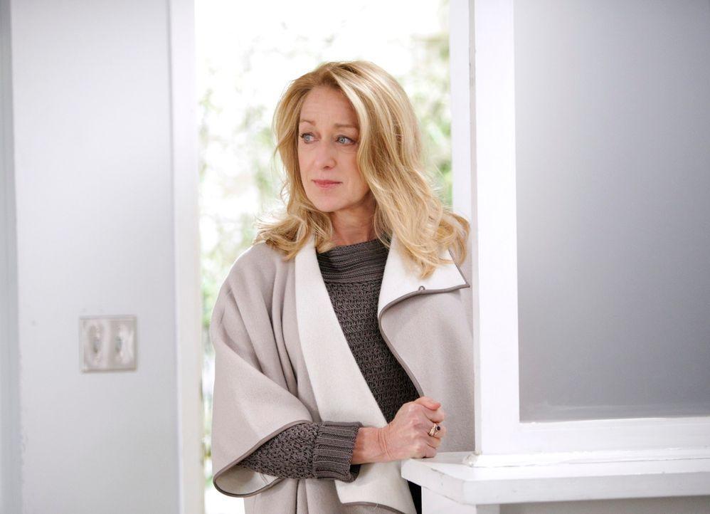 Wird sich Holly (Patricia Wettig) davon überzeugen lassen, nach New York zu ziehen? - Bildquelle: 2010 American Broadcasting Companies, Inc. All rights reserved.