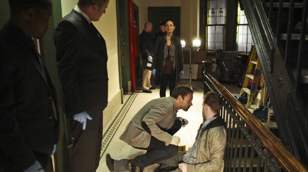Elementary - Steht dem durchgeknallten Ermittler Sherlock Holmes (Jonny Lee M...