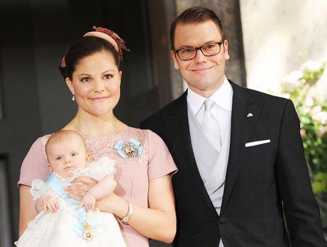 Taufe-Prinzessin-Estelle-von-Schweden-12-05-22-02-dpa - Bildquelle: dpa pictu...