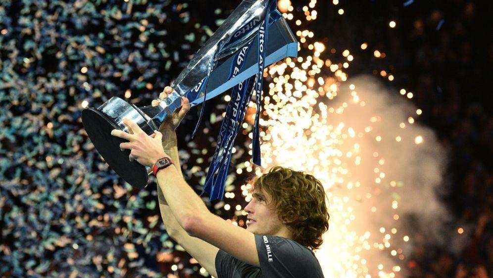 Alexander Zverev gewann zum ersten Mal das ATP-Finale - Bildquelle: AFPSIDGLYN KIRK