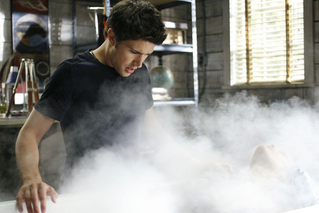 Kann Kyle (Matt Dallas, l.) Jessi (Jaimie Alexander, r.) helfen? - Bildquelle: TOUCHSTONE TELEVISION