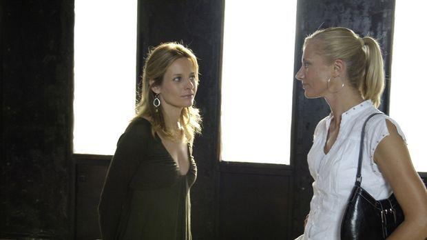 Starten gemeinsam ein neues Geschäft: Gina (Jessalyn Gilsig, l.) und Julia (J...