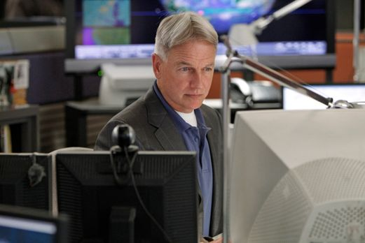 Navy CIS - Ein neuer Mordfall wartet auf Gibbs (Mark Harmon) und sein Team .....