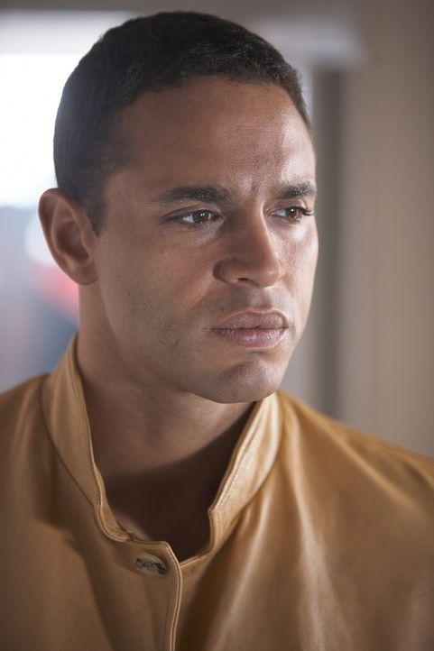 """Ist der wahre """"Strangler"""" noch aktiv oder hat er einen Nachahmer gefunden? Win Garano (Daniel Sunjata) übernimmt einen Fall, der über 40 Jahre alt i... - Bildquelle: ONCE UPON A TIME FILMS, LTD. ALL RIGHTS RESERVED."""