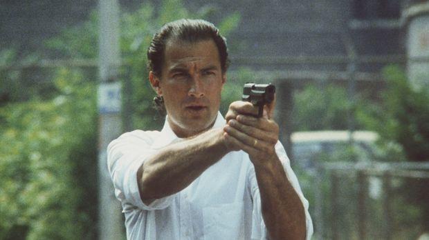 Nico Toscani (Steven Seagal) ist Polizist in Chicago. Einsatzgebiet des eigen...