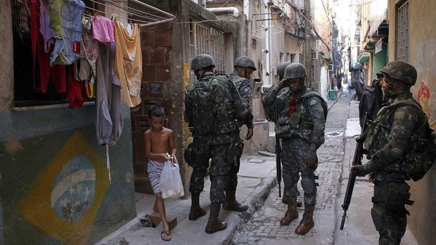 Favela Polizei