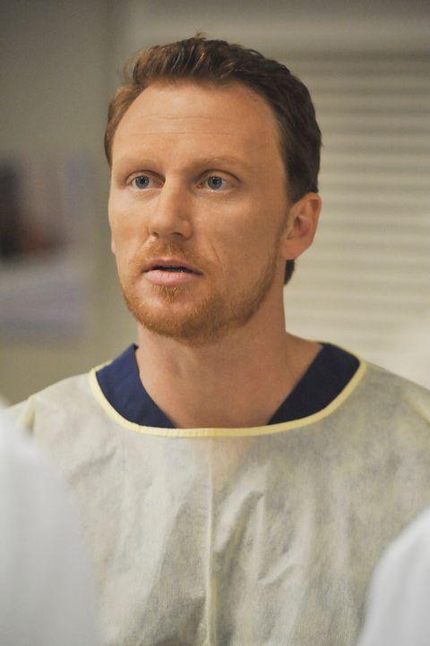 Gleich an seinem ersten Tag im Seattle Grace schockt Owen Hunt (Kevin McKidd) die jungen Ärzte mit einer umstrittenen Lehrmethode ... - Bildquelle: Touchstone Television