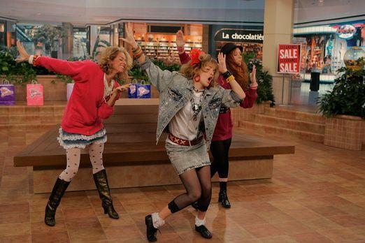 HIMYM-Schlag-auf-Schlag-Robin-Sparkles-Let-s-go-to-the-mall6 - Bildquelle: 20...