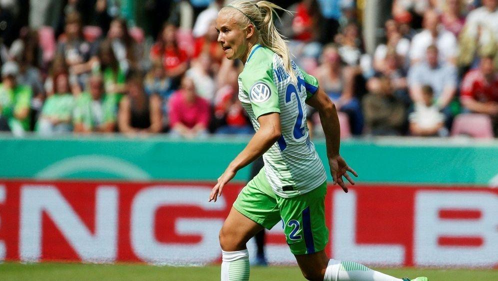 Pernille Hader trifft mit Wolfsburg auf die Bayern-Damen - Bildquelle: PIXATHLONPIXATHLONSID