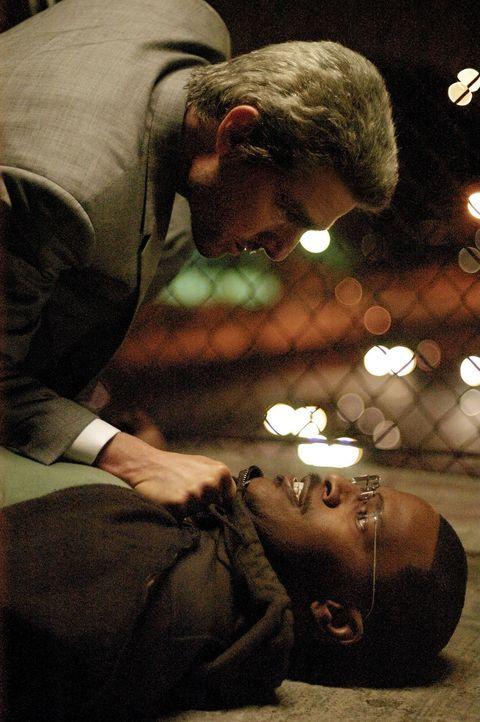 Zur falschen Zeit am falschen Ort: Der erfolglose Drehbuchautor Max (Jamie Foxx, r.) arbeitet bereits viele Jahre als Taxifahrer in Los Angeles. Ein... - Bildquelle: TM &   Paramount Pictures. All Rights Reserved.