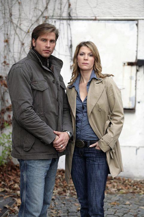 Sebastian Thiele (l.) und Katja Hansen (r.) - Bildquelle: Holger Rauner Sat.1
