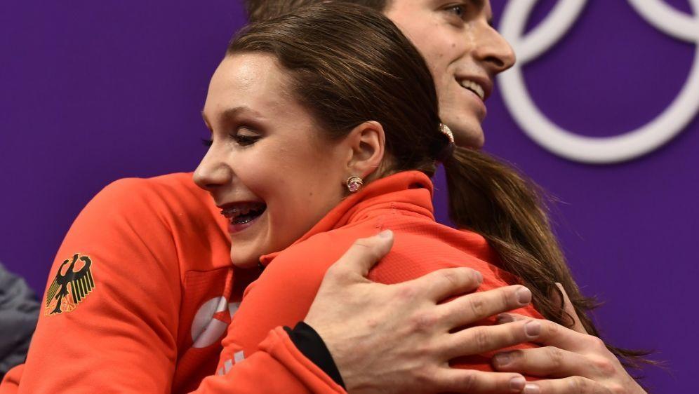 Im Kür-Finale: Annika Hocke und Ruben Blommaert - Bildquelle: AFPSIDARIS MESSINIS