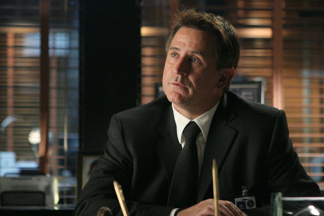 Detective Jack Malone (Anthony LaPaglia) weiß, dass jede Sekunde zählt ... - Bildquelle: Warner Bros. Entertainment Inc.