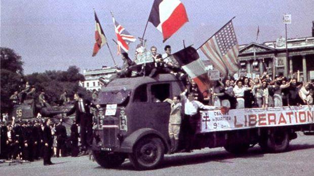 Die Befreiung Frankreichs war ein weiterer Wendepunkt, der zum Ende des Zweit...