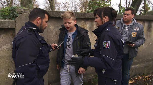 Die Ruhrpottwache - Die Ruhrpottwache - 11-jähriger Mit Gras Erwischt