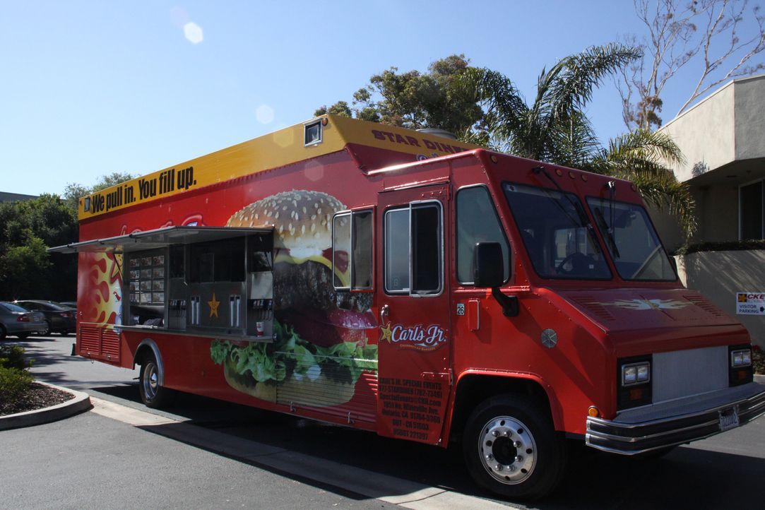 Heute dreht sich alles um das Essen auf Rädern. Vom Imbisswagen bis zum Hightech-Mega-Truck, der in Katastrophenzeiten Menschen mit Nahrung versorgt. - Bildquelle: Courtesy Half Yard Productions