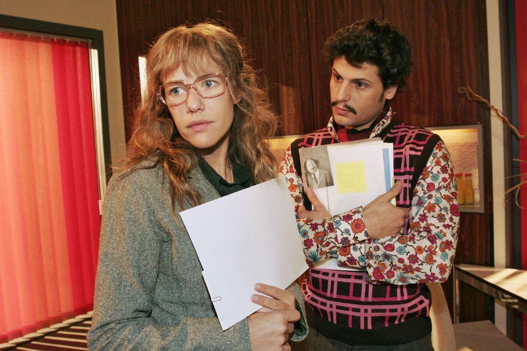 Lisa (Alexandra Neldel, l.) stellt fest, dass Rokko (Manuel Cortez, r.) sich professionell verhält und Berufliches von Privatem zu trennen weiß. (Di... - Bildquelle: Noreen Flynn Sat.1