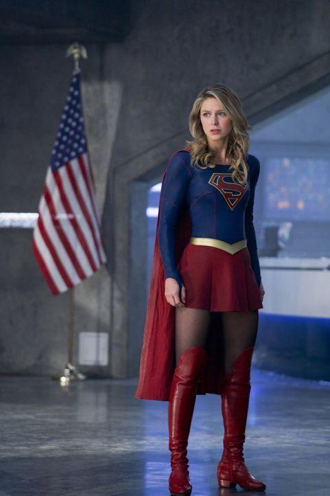 Kara alias Supergirl (Melissa Benoist) erkennt, welche Pläne Serena mit der Erde hat ... - Bildquelle: 2017 Warner Bros.