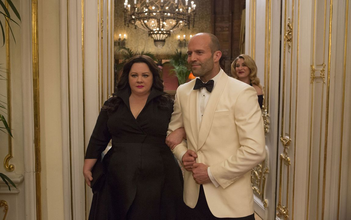 Der selbstgefällige CIA-Superspion Rick Ford (Jason Statham, r.) hält wenig von Frauen im Einsatz. Doch auch er muss erkennen, dass der brisante Fal... - Bildquelle: 2015 Twentieth Century Fox Film Corporation.  All rights reserved.