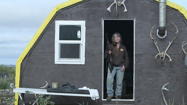 Life Below Zero - Überleben in Alaska - Sue muss dringend zusehen, dass sie i...
