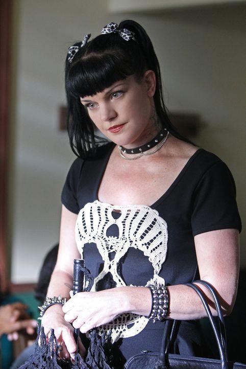 Gibt alles, um einen neuen Mordfall zu lösen: Abby (Pauley Perrette) ... - Bildquelle: CBS Television