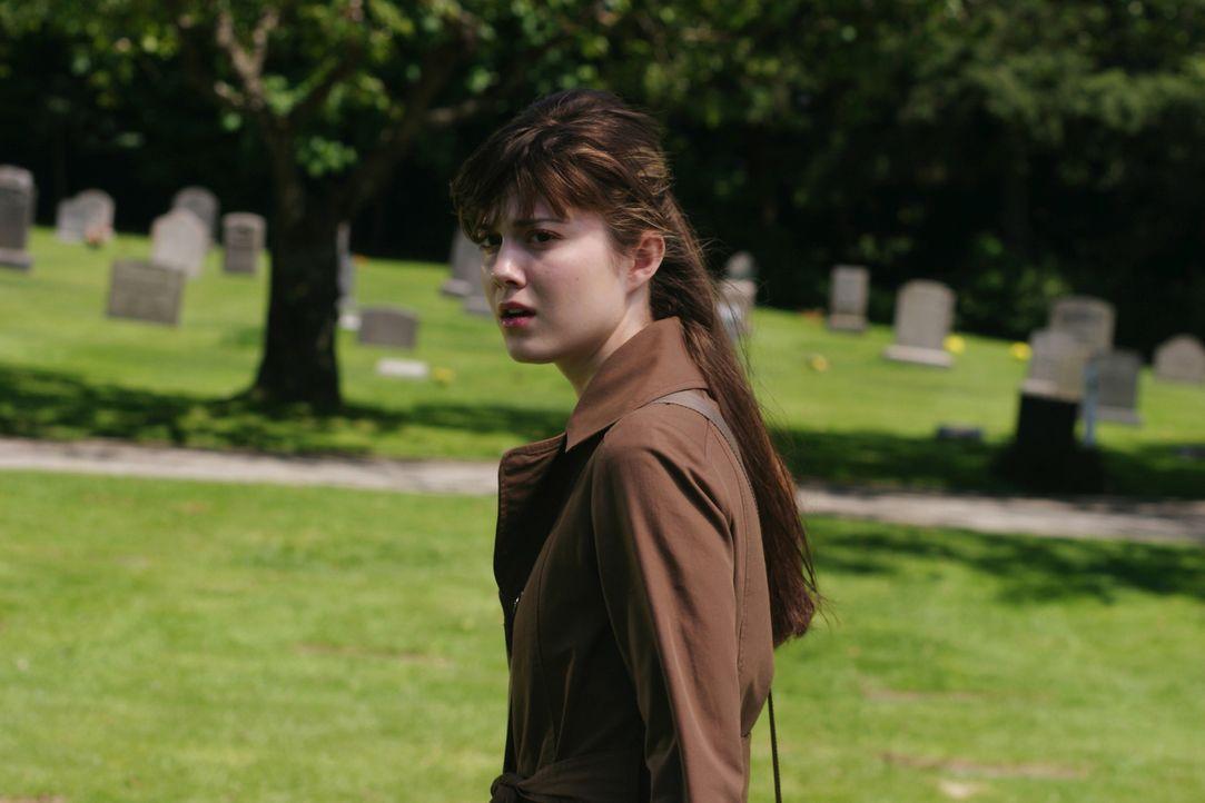 Wendy (Mary Elizabeth Winstead) feiert mit ihren Freunden ihren Highschool-Abschluss in einem Freizeitpark. Kurz vor der Achterbahnfahrt überkommt s... - Bildquelle: 2005   Warner Brothers