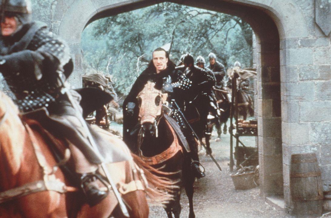 Dem Sheriff platzt der Kragen, als er erfährt, dass Robin Hood und seine Mannen ihn berauben, um die Beute unter den Armen zu verteilen. Er schickt... - Bildquelle: WARNER BROS.