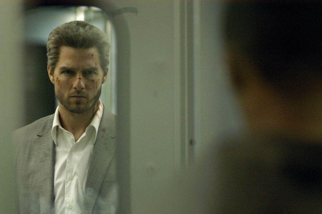 Profikiller Vincent (Tom Cruise) soll innerhalb einer einzigen Nacht 5 Kronzeugen, die in einem Prozess gegen die Mafia aussagen, beseitigen. Um die... - Bildquelle: TM &   Paramount Pictures. All Rights Reserved.