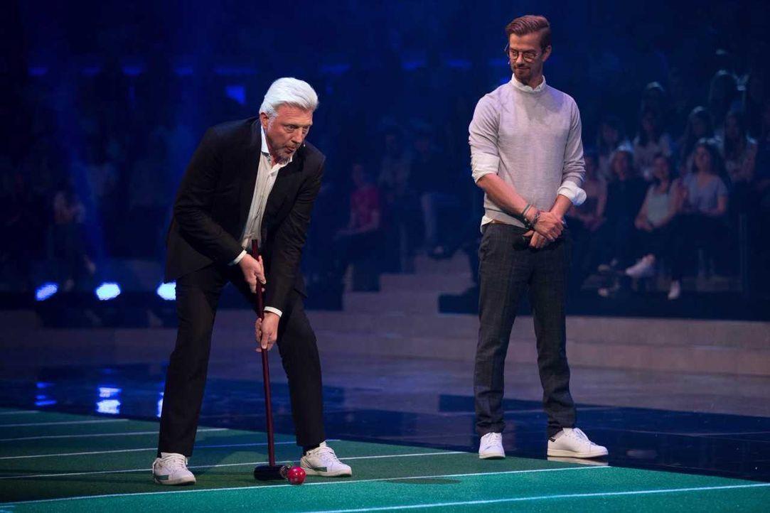 Boris Becker konzentriert beim Croquet - Bildquelle: ProSieben/Jens Hartmann