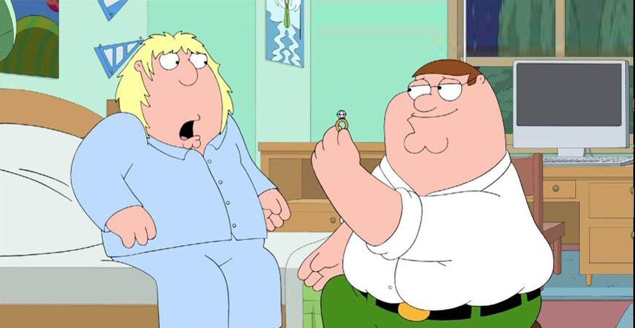 Als sich Lois' Vater das Bein bricht, hat lediglich Chris (l.) Zeit, seinen Opa zu umsorgen. Zum Dank macht Carter ihn zum Alleinerben des Pewterschmidt-Vermögens. Peter (r.) will das natürlich nicht auf sich sitzen lassen und beschließt, Chris in Vermont zu heiraten ...