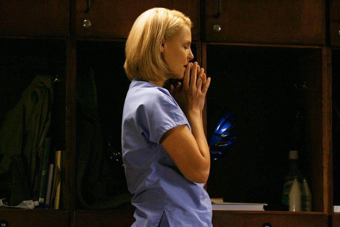 Wird mit ihrer schmerzlichen Vergangenheit konfrontiert: Izzie (Katherine Heigl) ... - Bildquelle: Touchstone Television