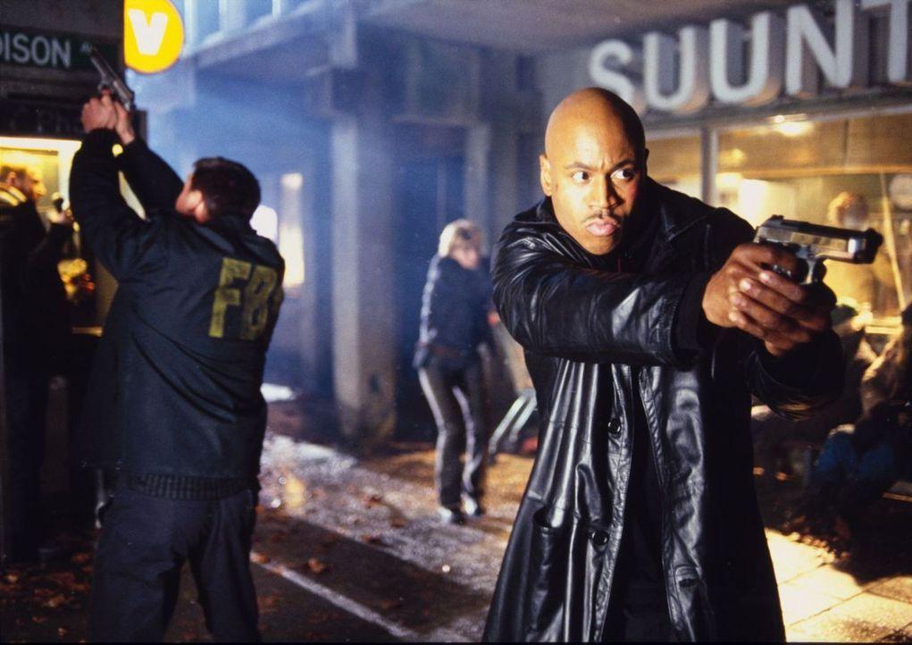 Ein Kampf um Leben und Tod beginnt: Gabe (LL Cool J) ... - Bildquelle: Tobis Film