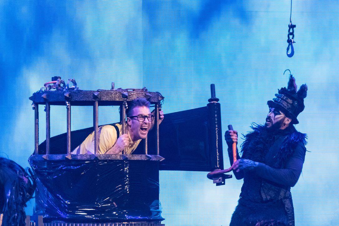 Utopische und magische Talente: Marcel (l.) & Aquila (r.) ... - Bildquelle: Stefan Hobmaier SAT.1