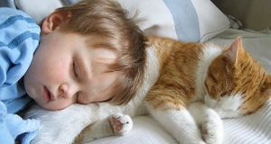 kids-with-cats-22__605