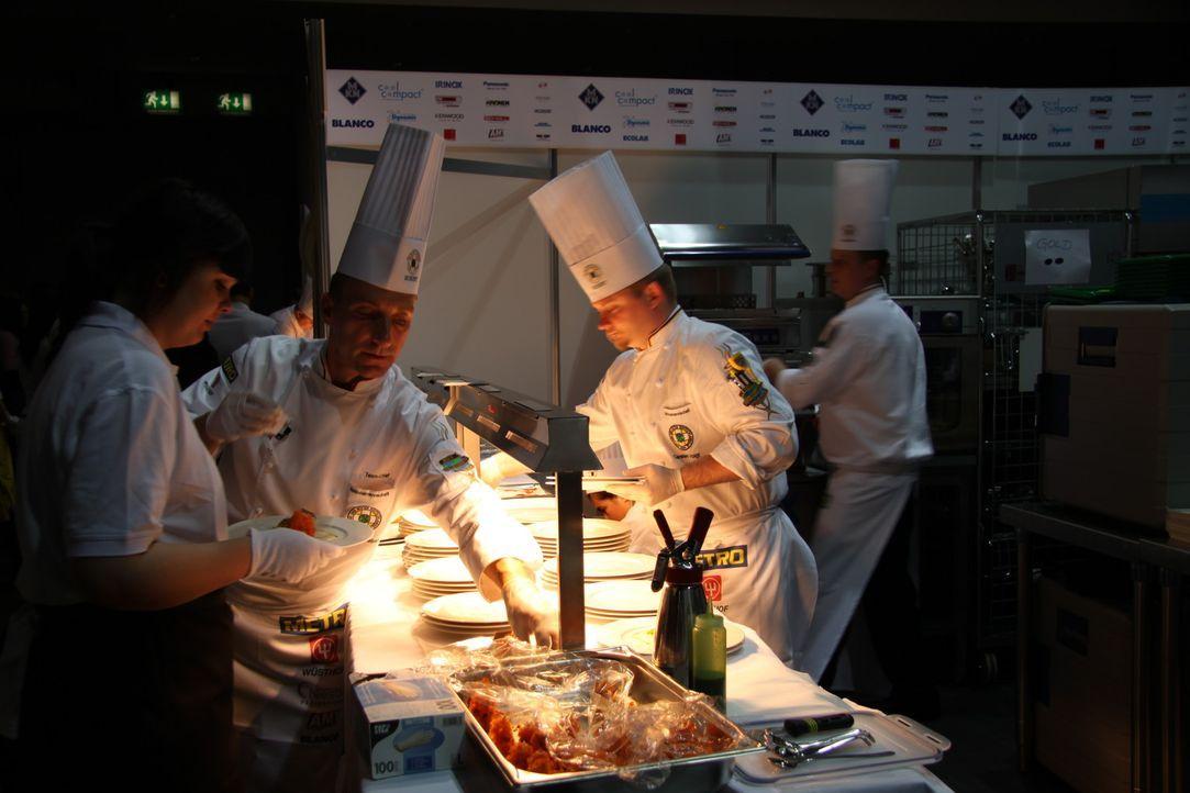 Der weltweit größte Kochwettbewerb, die Olympiade der Köche findet in Erfurt statt. 35 Nationalmannschaften, 27 Jugendteams und 8 Militärmannsch... - Bildquelle: kabel eins