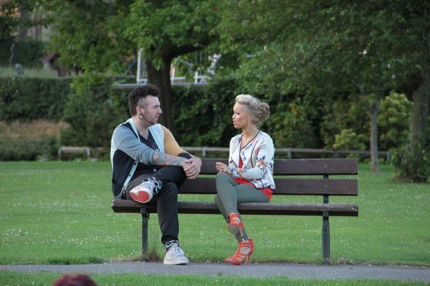 Bodyshockers - Tattoos, Piercings und Skalpell - Katie Piper (r.) trifft den...