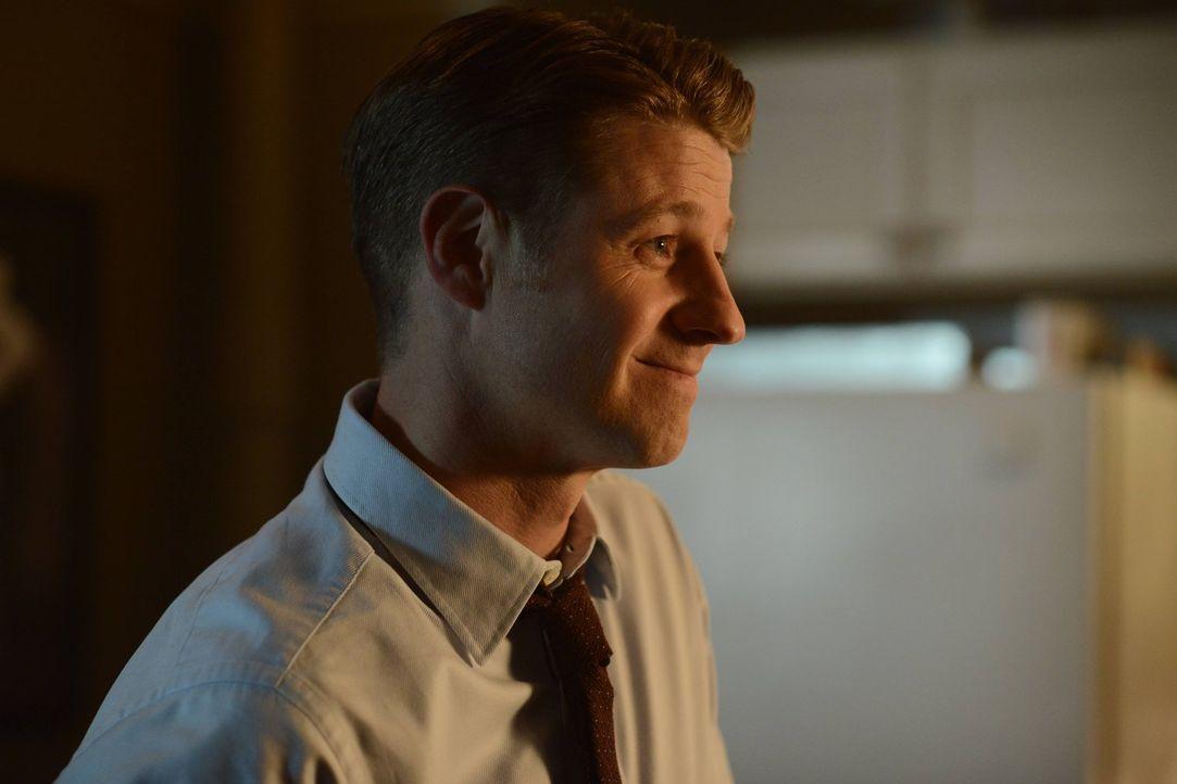 Das hinterhältige Spiel von Galavan geht weiter, während Gordon (Ben McKenzie) alles versucht, für Recht und Ordnung in Gotham zu sorgen ... - Bildquelle: Warner Brothers