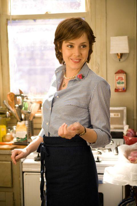 524 Rezepte hat Julia Child in ihrem Kochbuch verfasst. Julie Powell (Amy Adams) will diese Jahre später innerhalb eines Jahres nachkochen und doku... - Bildquelle: 2009 Columbia Pictures Industries, Inc. All Rights Reserved.
