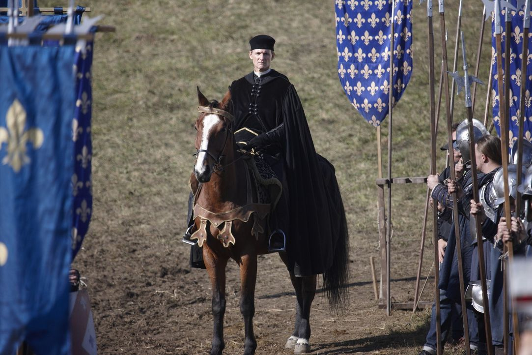 Zieht mit König Karl von Frankreich in den Krieg gegen Rom: Kardinal Della Rovere (Colm Feore) ... - Bildquelle: LB Television Productions Limited/Borgias Productions Inc./Borg Films kft/ An Ireland/Canada/Hungary Co-Production. All Rights Reserved.