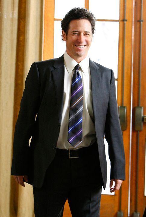 Noch während der Trauung von Charlie und Amita wird Don (Rob Morrow) zu einem Einsatz gerufen ... - Bildquelle: Paramount Network Television