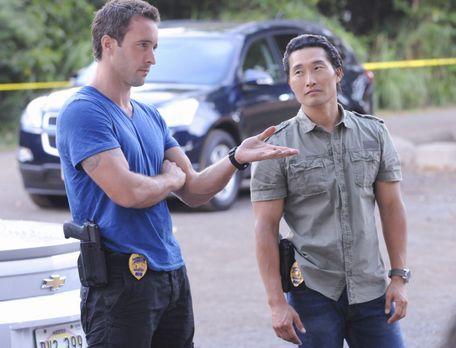 Hawaii Five-0 - Ein neuer Fall beschäftigt: Steve (Alex O'Loughlin, l.) und C...