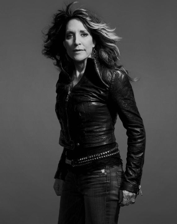 (6. Staffel) - SONS OF ANARCHY - Gemma Teller Morrow (Katey Sagal) - Bildquelle: 2013 Twentieth Century Fox Film Corporation and Bluebush Productions, LLC. All rights reserved.