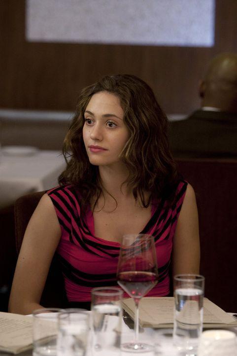 Das gemeinsame Essen mit Jimmys, bzw, Steves, wahrer Familie sorgt nicht nur bei Fiona (Emmy Rossum) für große Verwirrung ... - Bildquelle: 2010 Warner Brothers